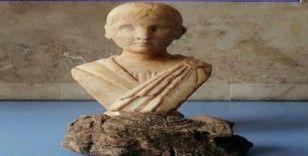 Alçıdan yaptıkları heykele 'Zeus'un oğlu' dediler, 1 milyon liraya satmaya çalıştılar