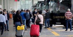 İstanbul'da şehirler arası günlük otobüs sefer sayısı yüzde 50 şartının kaldırılmasıyla 900'e çıktı