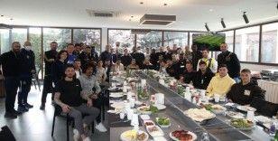 Fenerbahçe, barbeküde bir araya geldi