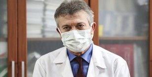 Prof. Dr. İsmail Balık'tan 'süreç yeni mutasyonlara gebe' uyarısı