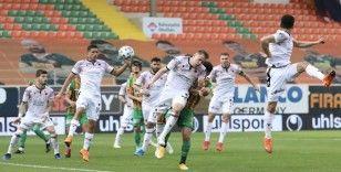 Süper Lig: Aytemiz Alanyaspor: 1 - Gençlerbirliği: 2 (Maç sonucu)