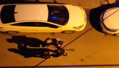 Küçükçekmece'de sokak ortasında kadına şiddet