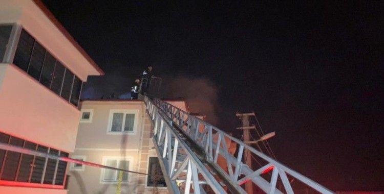 Dalaman'da çatı yangını korkuttu
