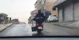 """Sultanbeyli'de motosiklet ile """"seri köz getir"""" yolculuğu kamerada"""