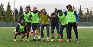Deplasmandan dönen Denizlispor, Kasımpaşa maçına hazırlanıyor