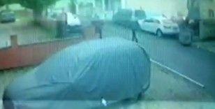 Kartal'da avukatlık bürosunda akrabalarına kurşun yağdıran şahsın kaçma anı kamerada