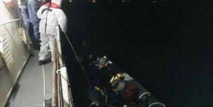 Balıkesir açıklarında 24 düzensiz göçmen kurtarıldı