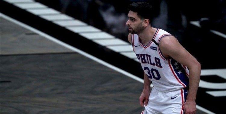 NBA'de 76ers Furkan'ın 10 sayı attığı maçta Celtics'i yendi
