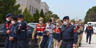 DEAŞ operasyonunda gözaltına alınan 27 kişi adliyeye sevk edildi