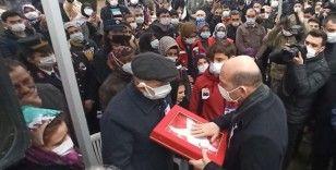 Bakan Soylu, Bursa'da şehit cenazesine katıldı