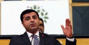 Selahattin Demirtaş'ın savcıyı tehditten yargılandığı dava ertelendi