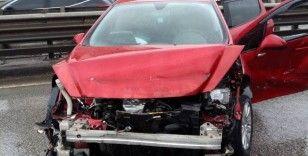 Samsun'da viyadükteki bariyere çarpan otomobile başka araç çarptı: 1 yaralı