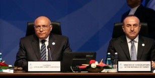 Dışişleri Bakanı Çavuşoğlu, Mısırlı mevkidaşı ile Ramazan ayını tebrik amacıyla bir görüşme gerçekleştirdi