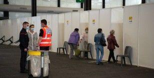 Fransa'da son 24 saatte 6 bin 696 yeni vaka
