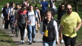 İngiltere'de son 24 saatte 2 bin 396 vaka