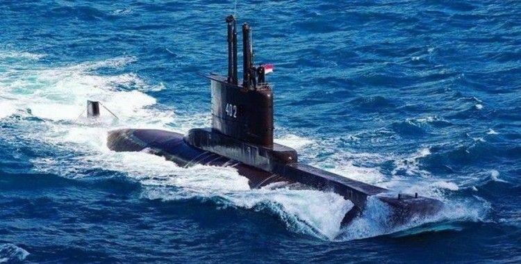 Endonezya'da kayıp denizaltı için arama çalışmaları sürüyor