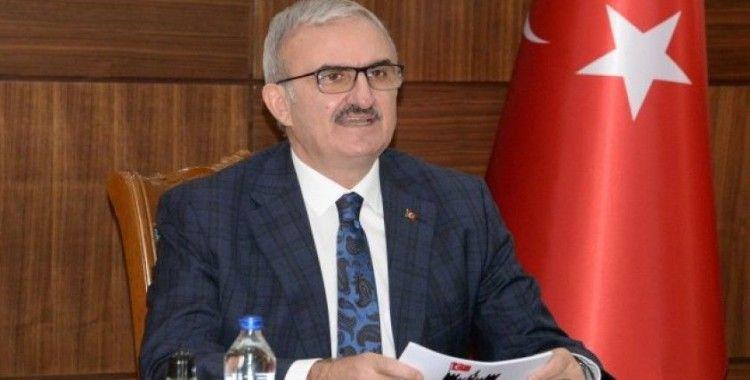 Diyarbakır Valisi Münir Karaloğlu'ndan 23 Nisan Ulusal Egemenlik ve Çocuk Bayramı Mesajı