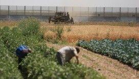 İsrail askeri araçları Gazze sınırını geçerek Filistinlilere ait arazileri tahrip etti