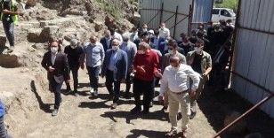 Diyarbakır'ın 50 yıldır kapalı olan tarihi 'Fetih Kapısı' açıldı