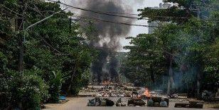Myanmar'da güvenlik güçlerinin protestoculara müdahalesi sonucu ölenlerin sayısı 745'e yükseldi
