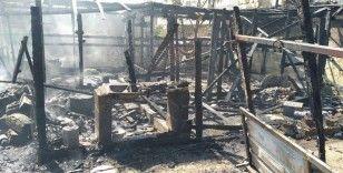 Lübnan'da mülteci kampında çıkan yangında bir bebek hayatını kaybetti
