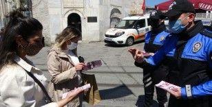Kadın Acil Destek (KADES) uygulaması İstiklal Caddesinde kadınlara tanıtıldı