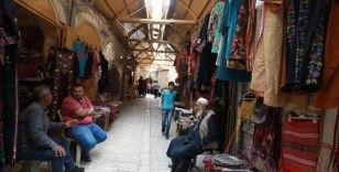 İsrail işgalinin 'boğduğu' El Halil'deki çarşı ve pazarlar ramazanda kısmen hareketlendi