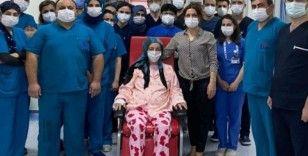Hamile kadın aynı anda korona virüse ve domuz gribine yakalandı