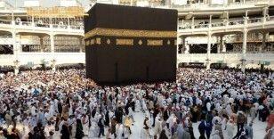 Suudi Arabistan'da umre ziyaretlerine çocukların getirilmesi yasaklandı