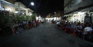 Erbil'de sokak lezzetleriyle ünlü Tacil Mahallesi ramazanda iftardan sahura canlılığını koruyor
