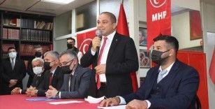 İYİ Parti'den istifa eden Alaşehir İlçe Başkanı ve 14 parti yöneticisi MHP'ye katıldı