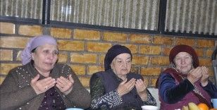 Kırgızistan'daki Ahıska Türkleri ramazanda toplu iftar geleneğini yaşatmaya devam ediyor