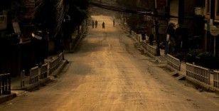 Nepal'in başkentinde artan Covid-19 vakaları kapanma kararı aldırdı
