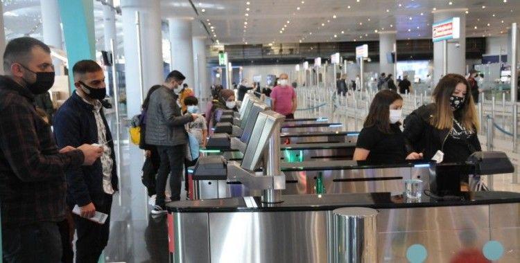 İstanbul Havalimanı'nda tam kapanma yoğunluğu