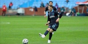Trabzonspor'da kadro dışı bırakılan Abdulkadir Parmak özür diledi