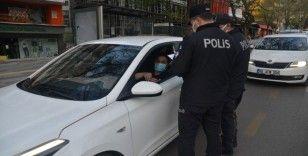 Başkent'te kapanma başladı, polis ekipleri tek tek kontrol etti