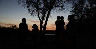 ABD'den sınır dışı edilen düzensiz göçmenler Meksika'da sınırdaki tehlikeli bölgelerde toplanıyor