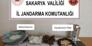 Sakarya'da jandarmadan uyuşturucu operasyonu