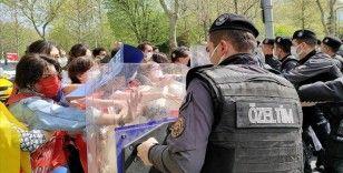 Taksim Meydanı'na izinsiz yürümek isteyen 212 kişi gözaltına alındı