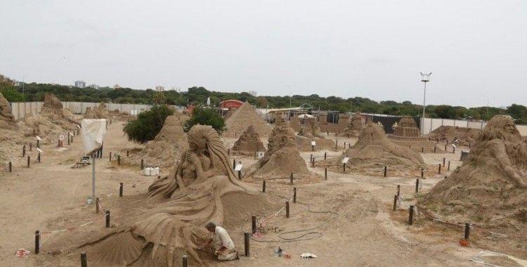 'Kayıp Kent Atlantis' kumda canlanıyor