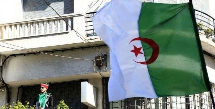 Cezayir'de yolsuzluk soruşturmalarında '850 milyon dolar değerinde mal varlığına' el konuldu