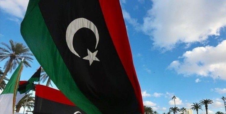 Libya'da seçimlerin anayasal temeline ilişkin hazırlanan öneri taslağı Siyasi Diyalog Forumu'na sunuldu