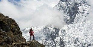 Koronavirüs, Everest Dağı'nda hızla yayılıyor