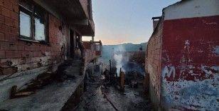 6 evin yandığı felaketin boyutu gündüz ortaya çıktı