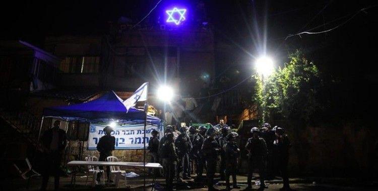 Yahudi yerleşimciler Şeyh Cerrah Mahallesindeki Filistinlileri kışkırtmak iftar vakti dini ayin düzenledi