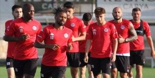 Antalyaspor Başkanı Yılmaz futbolculardan Trabzonspor karşısında galibiyet istedi