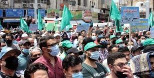 Ürdünlüler İsrail'in Kudüs'teki Şeyh Cerrah Mahallesi sakinlerini göçe zorlamasını protesto etti