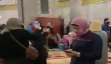 İsrail güçleri Mescid-i Aksa'da kadın ve çocuklara saldırdı
