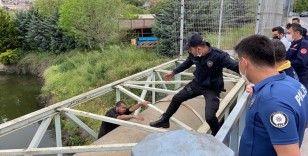 Kağıthane'de intihar teşebbüsünde bulunan şahsı polis ikna etti