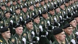Rusya, Zafer Günü'nü askeri geçit töreniyle kutladı